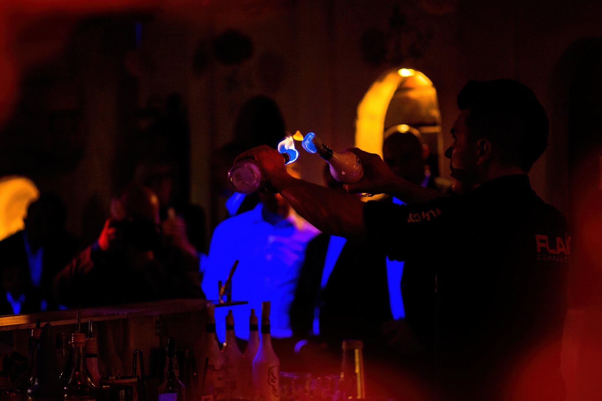 Atrakcje na wesele w Rzeszowie - Pokazy barmańskie, drink Bar